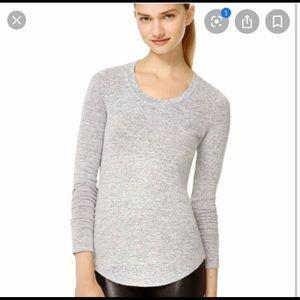 Aritzia Wilfred Diapason long sleeve t shirt